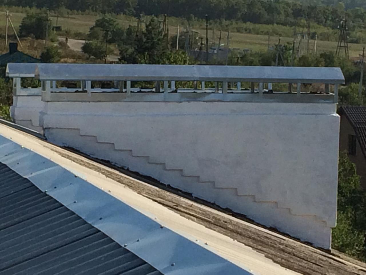 Частичный ремонт скатной кровли в Краснодарском крае, пгт. Черноморский ул. Юбилейная 2А